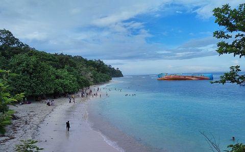 Travel tips to Pangandaran beach