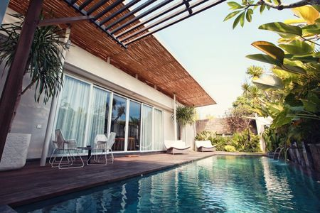 Reasons why you should stay in luxury villas Seminyak than a hotel room