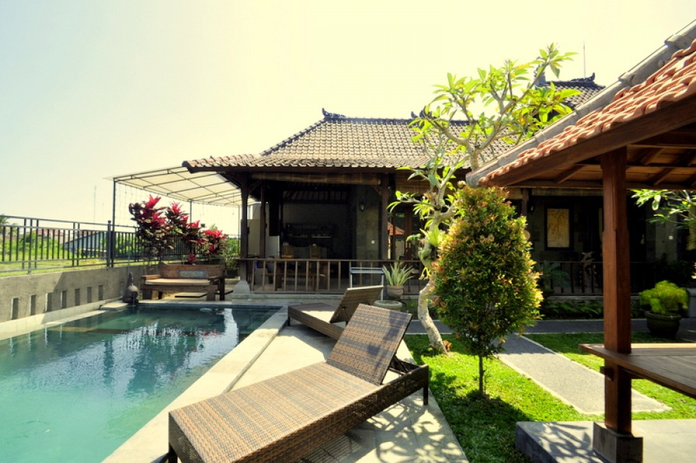 2 Bedrooms Private Villa Ubud in Andong