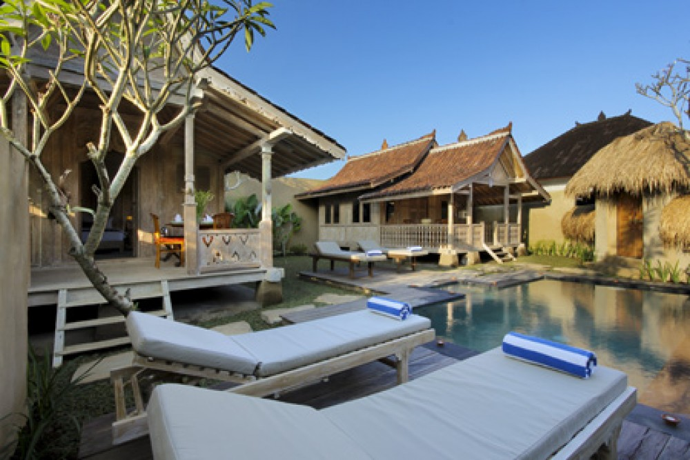 Beautiful Gladak style Ubud Villas with Two Bedrooms